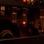 A blurry glow of the tubes in the dual 6DG6GT amp.